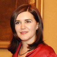 """Excelenta Sa, Doamna Ambasador al Romaniei în Croatia,  Oana Cristina Popa:  """"Activitatea de diplomat m-a învatat sa am mai multa rabdare"""""""