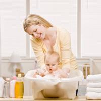 De ce plang copiii la baie?