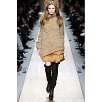 Stella McCartney s-a bucurat de un real succes la Paris Fashion Week