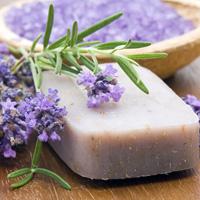 Ingrijirea corpului cu sapunuri naturale