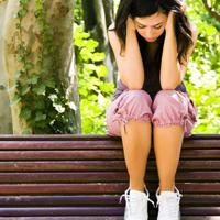 10 semne ale depresiei care trebuie sa iti dea de gandit