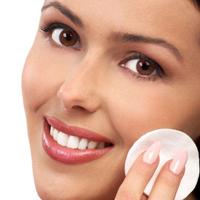 Scapa de cele mai frecvente probleme ale pielii cauzate de caldura