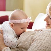 Cantecele de leagan ajuta la dezvoltarea bebelusului