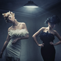 Moda si eleganta – de la inceputurile crinolinei pana astazi