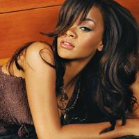 Rihanna se intoarce la prima dragoste adevarata