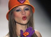 Agatha Ruiz de la Prada instiga la… FERICIRE