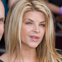 Kirstie Alley, model la 60 de ani