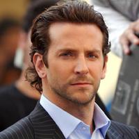Bradley Cooper prefera sa iasa la intalniri cu femei faimoase