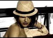 Ela Rose no.1 in Top 30 la Heat Radio cu piesa Lovely words