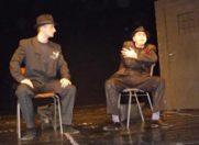 """""""200 de tigarete"""" se joaca la Teatrul La Scena"""