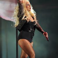 Christina Aguilera este luata peste picior pentru ca s-a ingrasat excesiv
