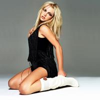 Britney Spears apare alaturi de iubitul sau in noul videoclip Criminal