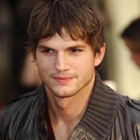 Ashton Kutcher incearca sa-si salveze casnicia