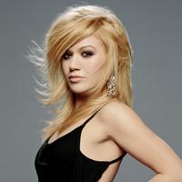 Kelly Clarkson nu a fost indragostita niciodata