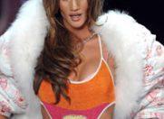 Rosie Huntington-Whiteley: de la ratusca cea urata la supermodel