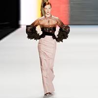 Carolina Herrera- eleganta si complexitate