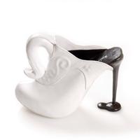 Lasa-te uimita de cele mai bizare modele de pantofi cu toc