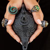 Porti talisman? Stii ce semnifica piatra sa?