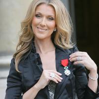Celine Dion este norocoasa posesoare a peste... 3.000 de perechi de pantofi