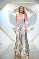 Claudia Neghina, mireasa pentru Adriana Agostini