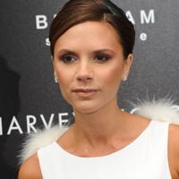Victoria Beckam, castigatoare la Premiile Modei Britanice