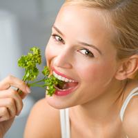 7 alimente care iti pastreaza dintii sanatosi