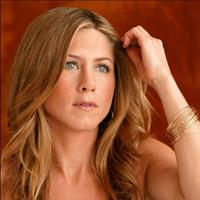 Pretentiile lui Jennifer Aniston ii pun relatia in pericol