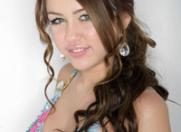 Adolescentele-vedeta internationale: modele de urmat
