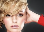 "Alexandra Stan, pe coloana sonora a serialului ""Are you there, Chelsea?"""