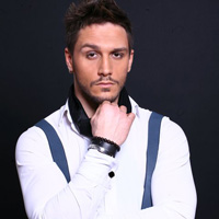 """Make-up artistul Andrei Jilavu: """"Anul 2012 este anul Black&Gold"""""""