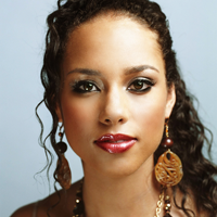 """Alicia Keys: """"Whitney a fost un inger pe pamant"""""""