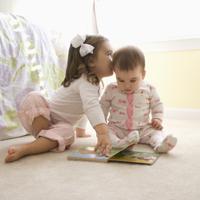 Tu ce povesti ii citesti copilului tau?