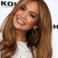 Jennifer Lopez refuza sa se gandeasca la o posibila casatorie