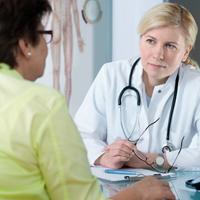 Femeile in varsta sunt mai predispuse infectarii cu HIV