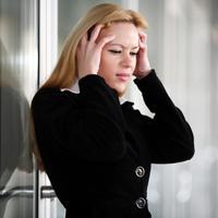 Femeile care sufera de migrena sunt mai predispuse la depresii
