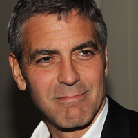 George Clooney se simte singur si are probleme cu somnul