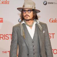 Johnny Depp se lanseaza in muzica