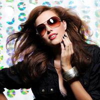 Ochelarii de soare, o moda sanatoasa
