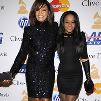 Bobbi Kristina vorbeste pentru prima data dupa moartea mamei sale, Whitney Houston