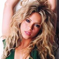 Shakira – amendata pentru ca a dansat in trafic