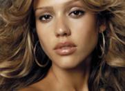 Jessica Alba – pictorial sexy pentru revista LA Confidential