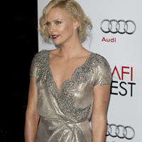 Charlize Theron a adoptat un baietel afro-american