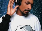 Snoop Dogg a lansat cartea care poate fi… fumata