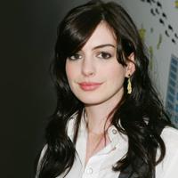 Anne Hathaway tine o dieta drastica