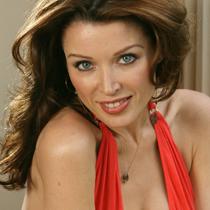 Dannii Minogue, devastata dupa despartirea de Kris Smith