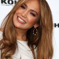 Jennifer Lopez se straduieste sa-si mentina silueta