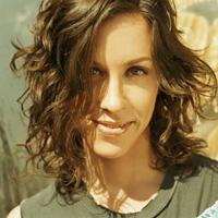 Cantareata Alanis Morissette, album nou in luna iunie