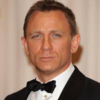 Daniel Craig il schimba pe James Bond in noul film