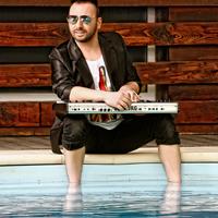 """Ovidiu Cernauteanu (Ovi): """"Elton John m-a inspirat muzical de-a lungul timpului"""""""