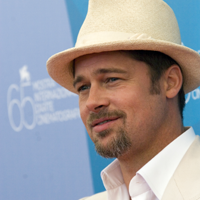 Brad Pitt, imaginea parfumului Chanel Nº 5